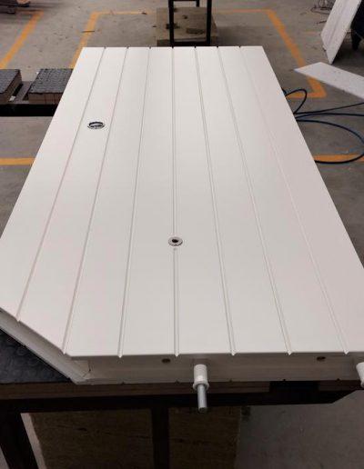 Munitus Bullet-proof sliding door FB4 with finishing panels and bullet-proof eyespot