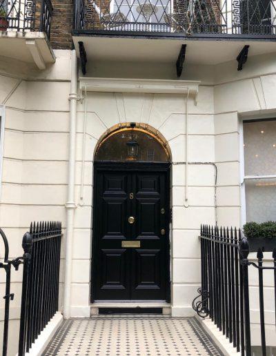 Munitus Security door replica installed in the UK