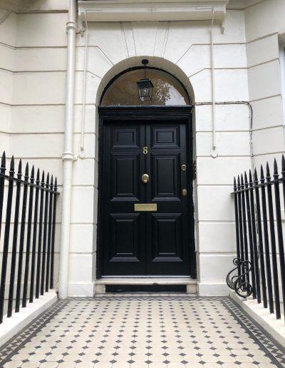 Replica Munitus security door installed in the UK