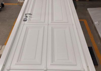 munitus security door with 3D milling panels