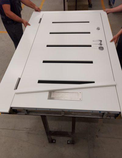 FB6 bullet resistant door with glasses