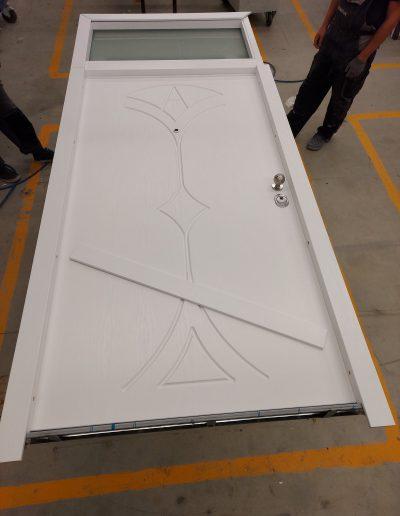 Munitus RC3 security door with transom