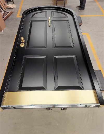 Munitus security arched door with knocker