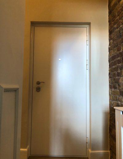 Munitus security door instaled in UK