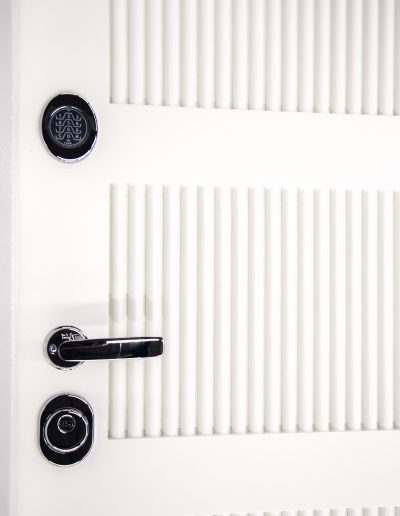 Munitus Security doors with 3D milling panels and electronic lock