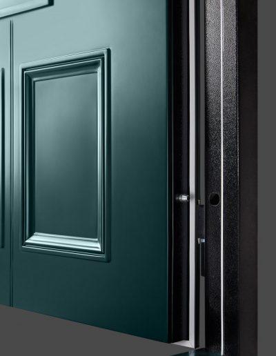Victoria style Munitus security door with oak threshold