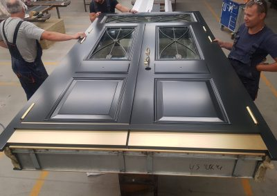 Bullet-proof double security door FB6 with BR6 glasses and transom
